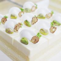 母亲节蛋糕—开心果香芒慕斯蛋糕(LOVE MOM)